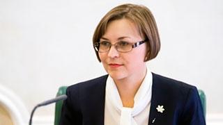 Людмила Бокова отказалась от праймериз и остается сенатором
