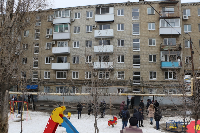 Валерий Сараев пообещал каждый год 22февраля навещать жильцов взорвавшегося дома