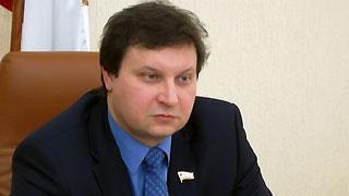 Депутат Мазепов требует пояснений от минпечати по конкурсу для СМИ