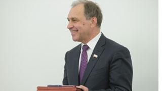 Дизельное топливо  Саратовского НПЗ названо одним из 100 лучших товаров России