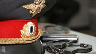 Бывшие полицейские отправлены в колонию за грабеж и вымогательство