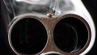 В Заводском районе мужчина позвонил жене и застрелился