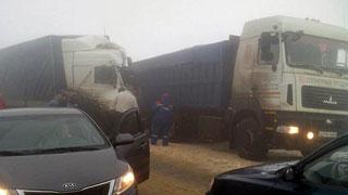 В массовом ДТП под Саратовом пострадали 13 машин и 1 человек