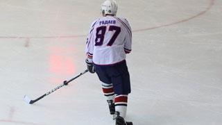 Саратовский губернатор оформил хет-трик в хоккейном матче