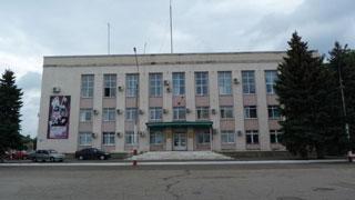 Верхушка Марксовского района истратила на личные поездки 22,7 тыс. л бензина