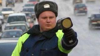 ГИБДД по Москве оштрафовала лишенного прав депутата Красильникова