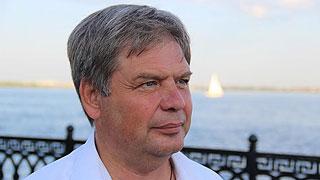 Руководитель комитета капстроительства написал заявление об увольнении