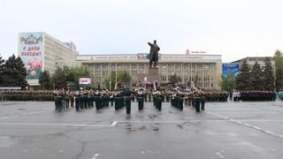 Воинские подразделения провели последнюю репетицию перед парадом в Саратове