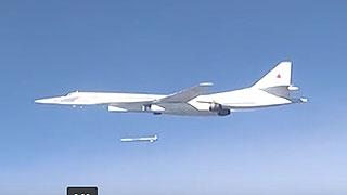 Опубликованы новые видео авиаударов энгельсских ракетоносцев по позициям ИГИЛ