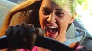 Пьяная девочка-подросток села за руль и повредила 5 машин