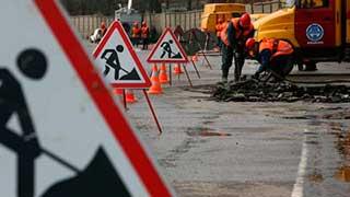 Директор фирмы дал чиновнику 100 тысяч за ложь о ремонте дорог