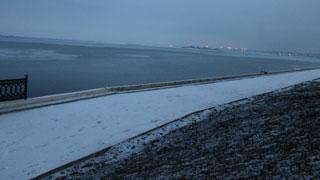 Гаражи и рельсы вдоль набережной предложили заменить жилыми домами