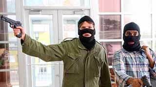 В Саратове ищут преступников, напавших на ломбард и ювелирный салон