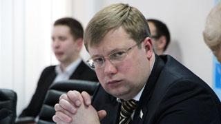 Денис Фадеев займется массовыми увольнениями в правительстве региона