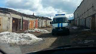 В Заводском районе неизвестные массово вскрывают гаражи