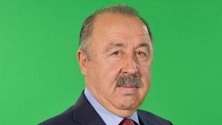 Валерий Газзаев пригласил саратовцев на футбольный турнир среди дворовых команд