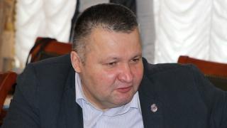 Общественник Авезниязов об оппозиционерах: Они ищут только дерьмо