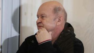 Судья пригрозил Чечину удалением с заседания за подсказки свидетелю