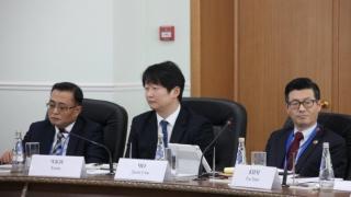 Делегат из Кореи назвал Володина самым популярным человеком в Саратовской области