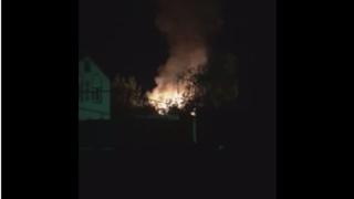 Возле городского парка Саратова ночью горела двухэтажка