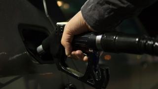 В УФАС не выявили незаконного роста цен на бензин в Саратове