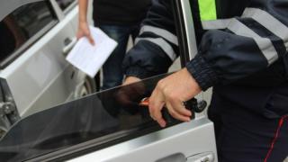Водителя «Калины» арестовали на 6 суток за отказ снять тонировку
