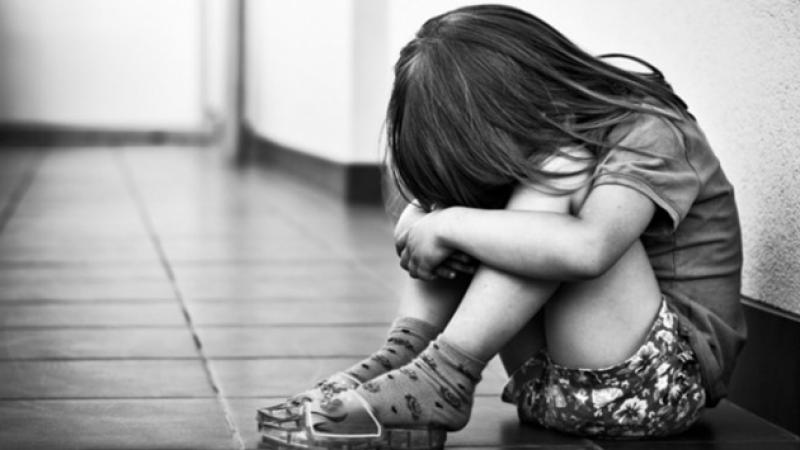 Девятилетняя девочка изСамойловки поведала родителям одомогательствах пожилого родственника
