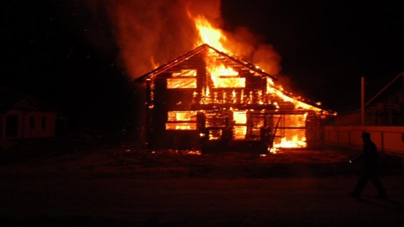 Впожаре всаратовском Энгельсе погибли два человека
