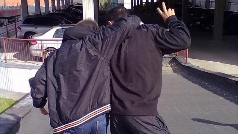 2-х парней изЭнгельса осудили заграбеж иизбиение молодых людей