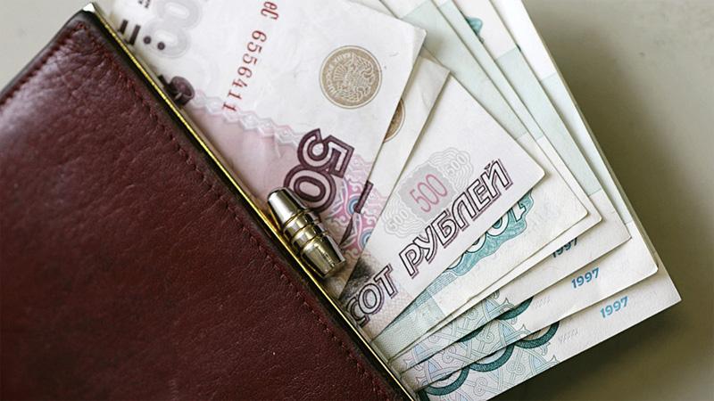 Пожарный изВольского района пожаловался Путину нанизкую заработную плату